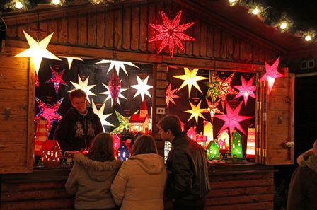 Weihnachtsmarkt osnabrück - bude (c) jens lintel