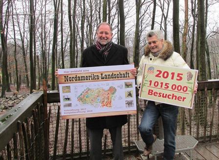 Zoopräsident Reinhard Sliwka und Zoogeschäftsführer Andreas Busemann freuen sich über starken Besucherzulauf © osradio.de