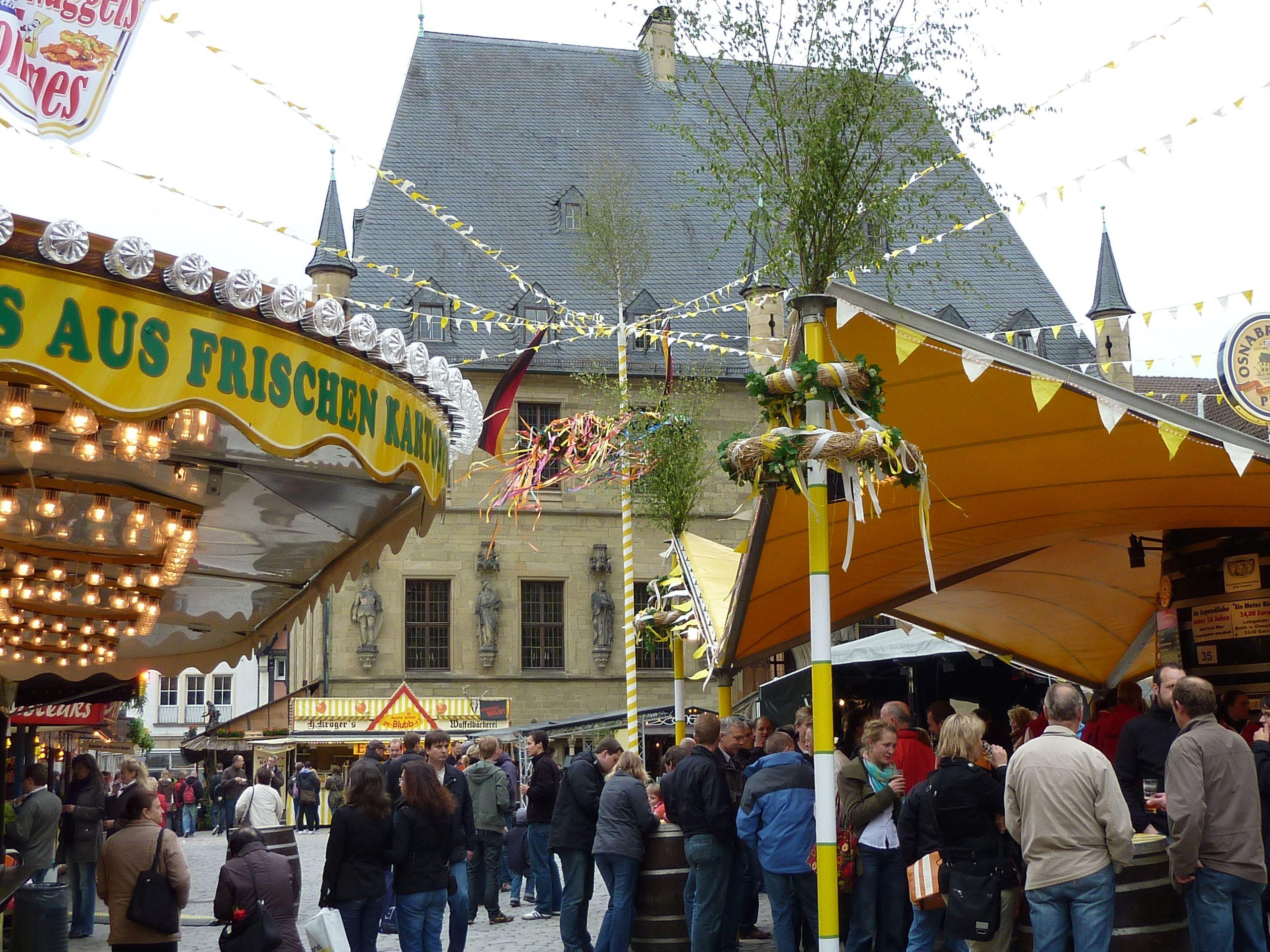 Maiwoche Markt (c) OMT